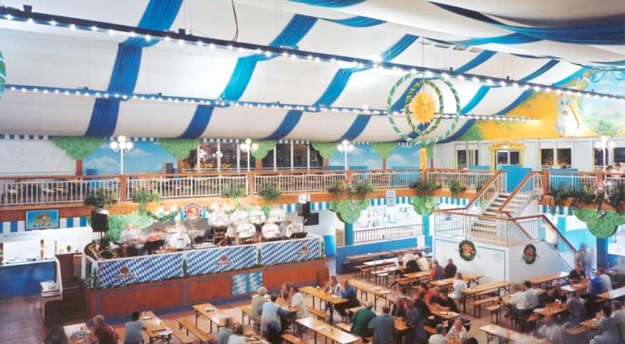 Zelte und leichtbauhallen von leube dekoration dach wand for Festzelt dekoration
